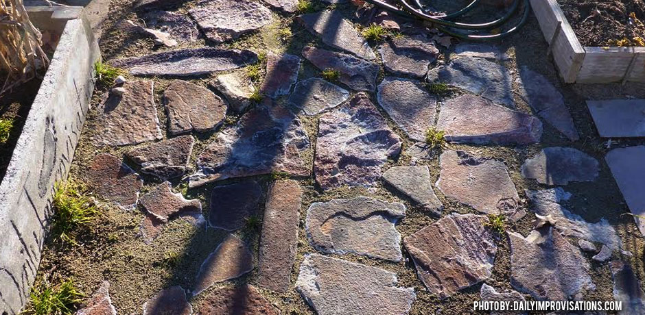 02092016_Raised-bed-pathway-with-sand-and-rock