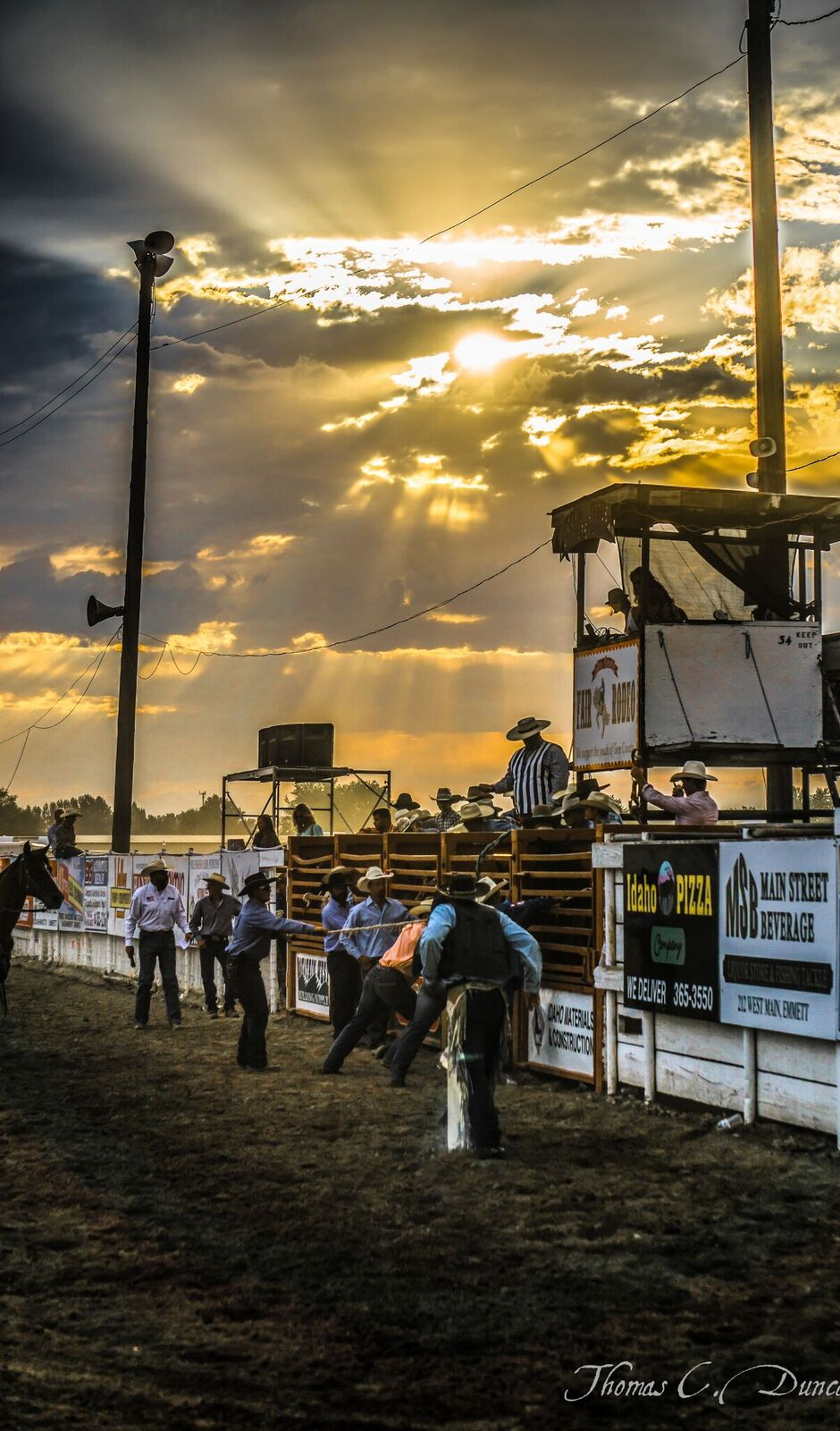 08262016_Boise-Gem-Co-Rodeo-sunset-over-rodeo