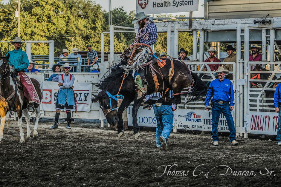 09032016_rider-3-at-Owyhee-County-Rodeo