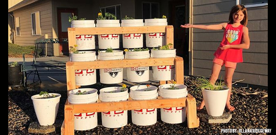 DBbucket-garden-tower-finished-product